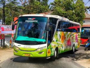Bus Pariwisata - KPM Trans