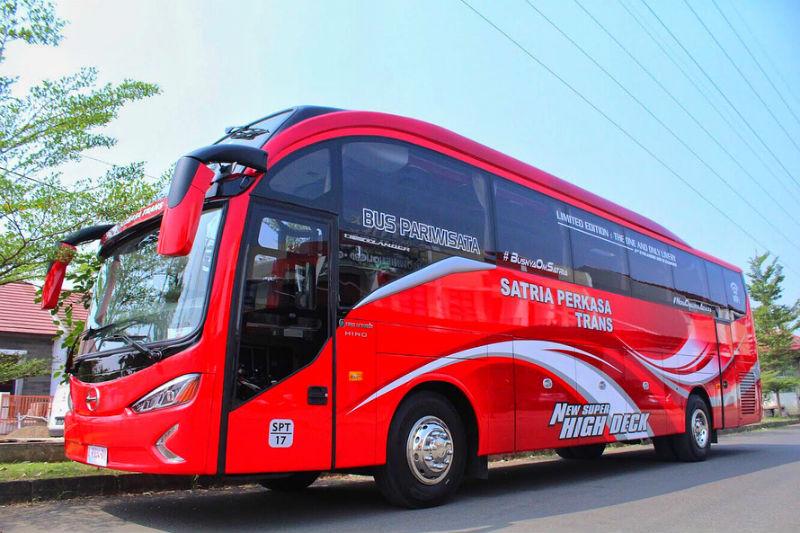 Bus Pariwisata di Bandung - Satria Perkasa Trans