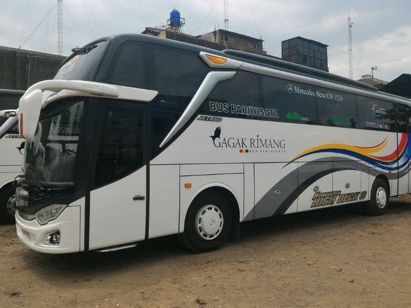 Sewa Bus Bandung - Gagak Rimang