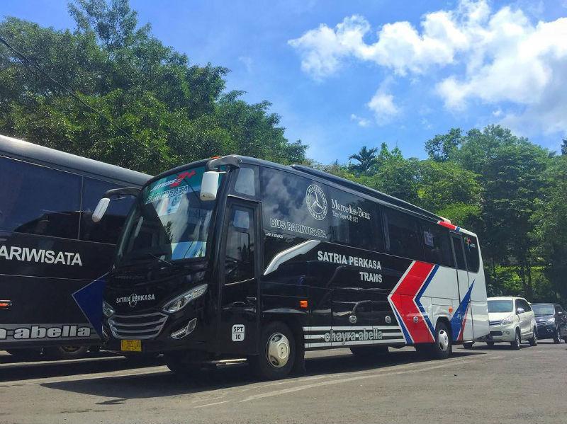 Sewa Bus Medium Bandung - Satria Perkasa Trans
