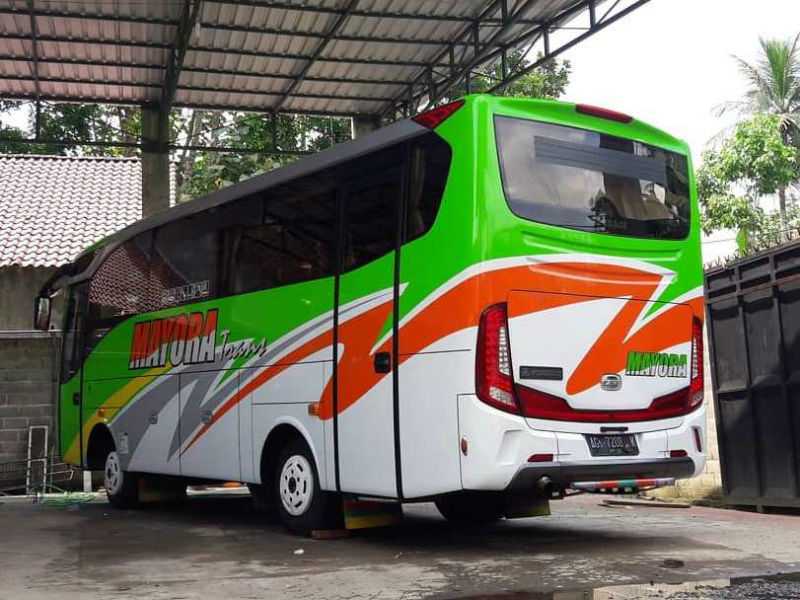 Sewa Bus Medium Malang - Mayora Trans