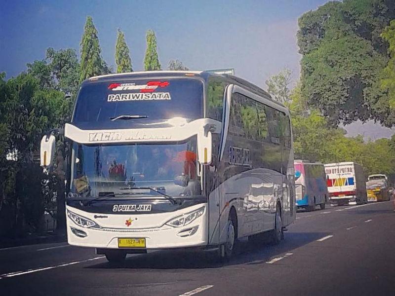Sewa Bus Pariwisata - 3 Putra Jaya
