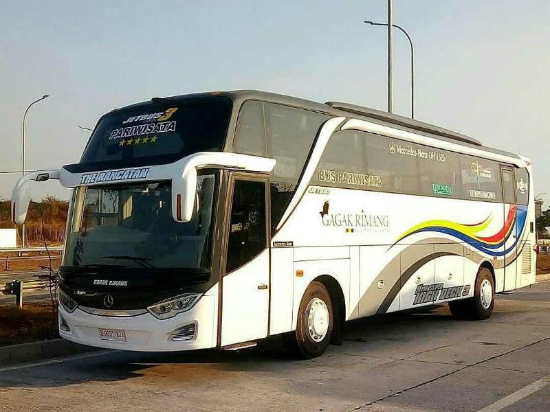Sewa Bus Pariwisata Bandung - Gagak Rimang