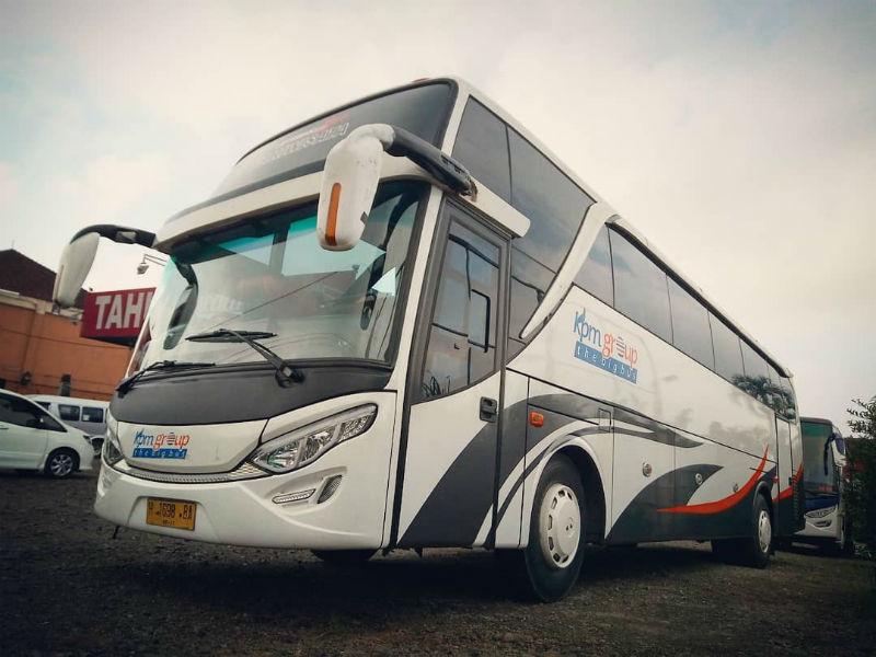 Sewa Bus Pariwisata Bandung - KPM Trans